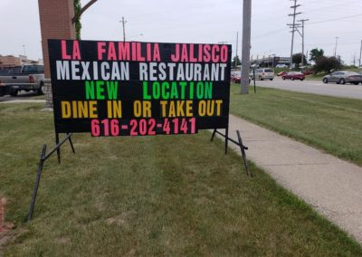 La Familia Jalisco Restaurant has a new location to share in Comstock Park, letting everyone know with a Light Bright portable black sign