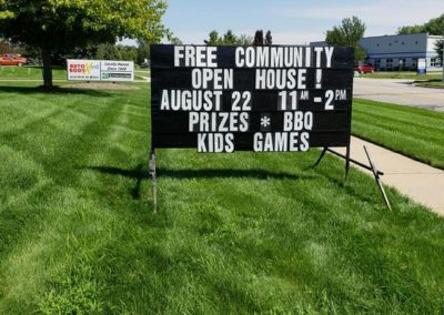 Michigan black signs leader promotes Free commujnity open house in Hudsonville!